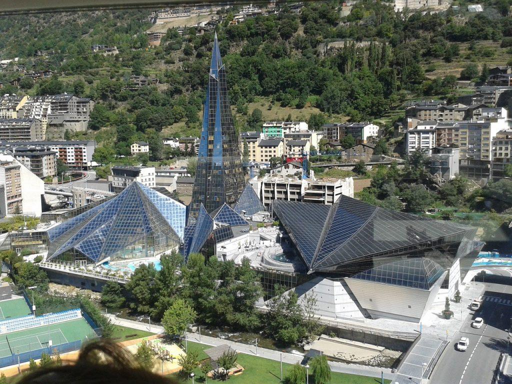Andorra Permisos de residència i treball (residències actives) - Permisos de residència sense activitat lucrativa (residències passives Andorra) - Permisos de treball sense residència. Permisos de residènciaa Andorra